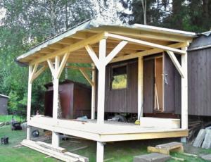 Dřevěná veranda 10 x 3 m k maringotce - Prachatice  2