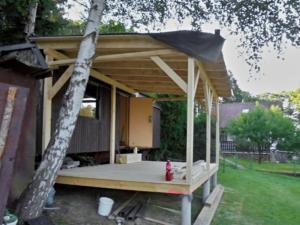 Dřevěná veranda 10 x 3 m k maringotce - Prachatice  3
