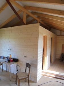 Dřevostavba 8 x 5 m s terasou  13