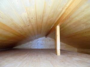 Dřevostavba 8 x 5 m s terasou  27