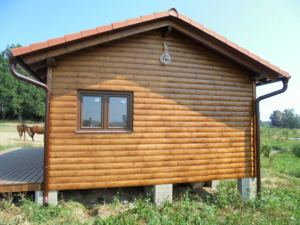 Dřevostavba 8 x 5 m s terasou  32