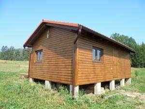 Dřevostavba 8 x 5 m s terasou  33