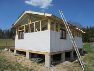 Dřevostavba 8 x 5 m s terasou  6